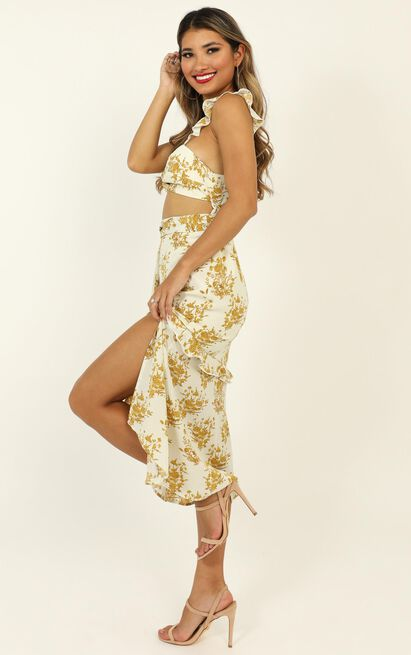 If You Think It's Love Dress in mustard floral - 20 (XXXXL), Yellow, hi-res image number null