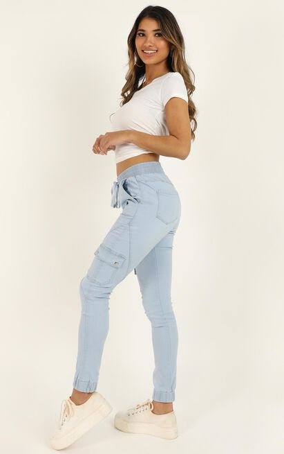 Claire Jeans In light wash denim - 14 (XL), Blue, hi-res image number null