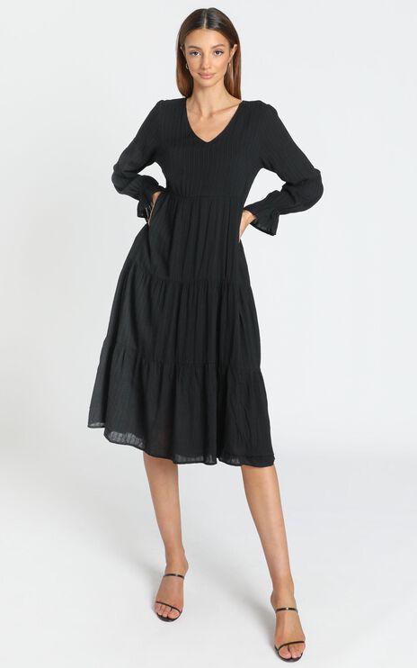 Evanna Dress in Black
