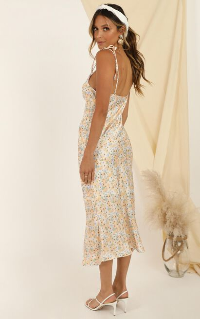Warm Sun Dress In Yellow Floral - 14 (XL), Yellow, hi-res image number null