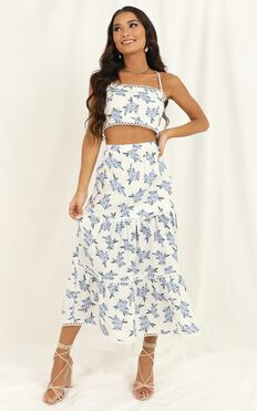 Crop And Go Two Piece Set In White Floral