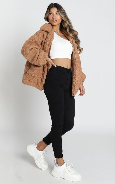 Point Blank Jacket In Mocha Teddy