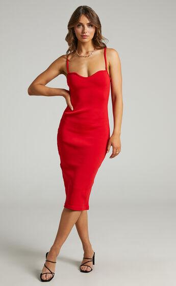 Larah Bodycon Sweetheart Neckline Midi Dress in Red