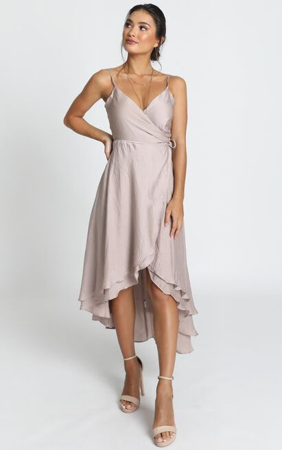 Between Fantasy Dress in champagne satin - 4 (XXS), Beige, hi-res image number null