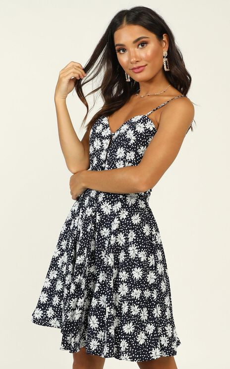 Island In The Sun Dress in Navy Floral