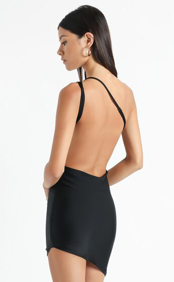 Lioness- The Claudia Dress in Black
