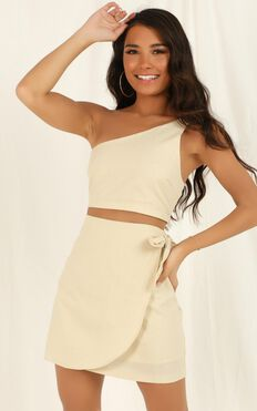 Rumour Mill Two Piece Set In Natural Linen Look