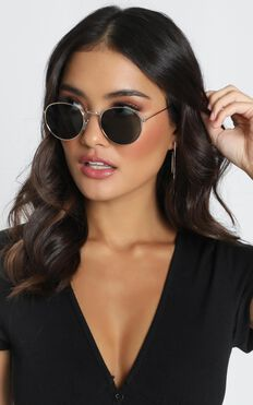 Mink Pink - Heritage Sunglasses In Gold And Green Mono