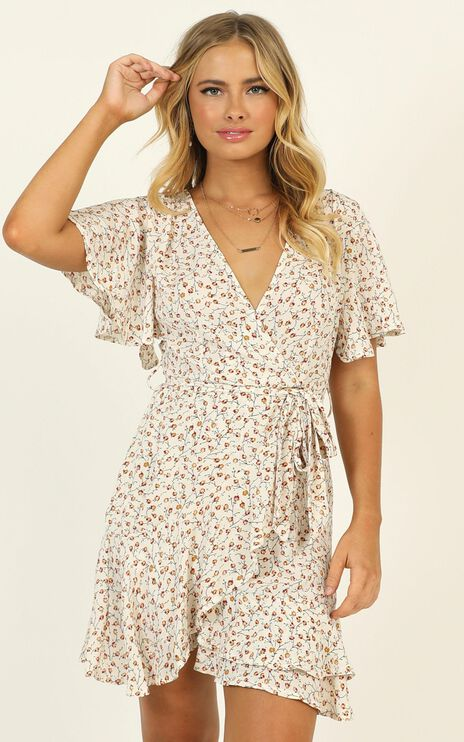 Shayla Dress In White Floral