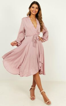 Just A Second Dress In Blush