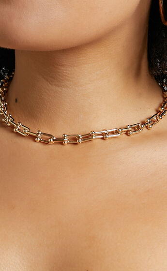 Barb Necklace in Gold