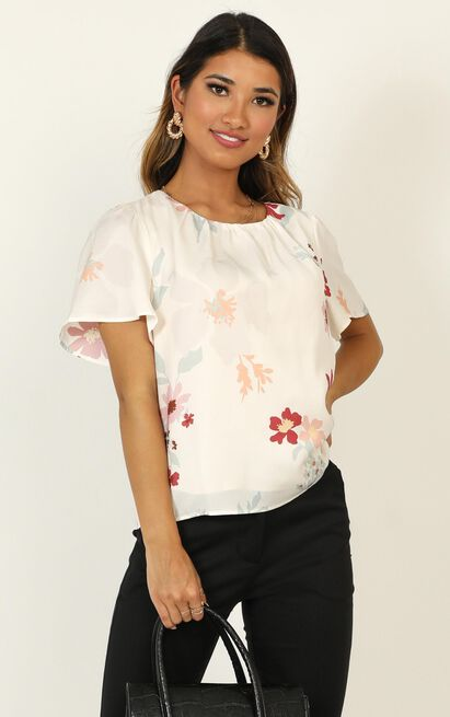 Making Time Top in cream floral - 20 (XXXXL), Cream, hi-res image number null