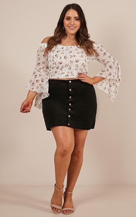 Open Season Skirt In Black