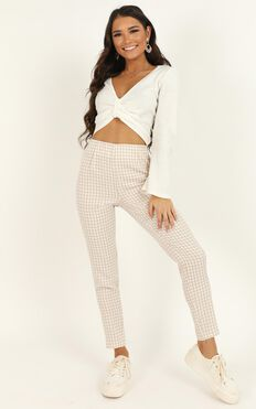Business District Ankle Grazer Pant In Cream Check