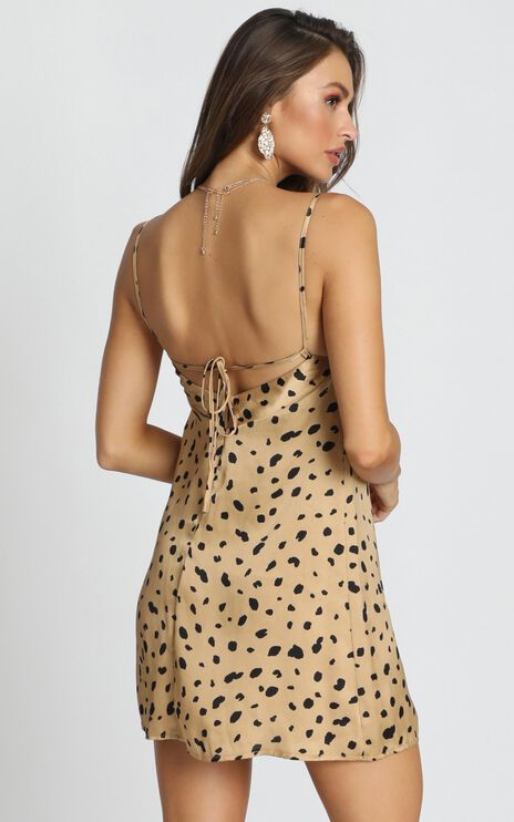 Skyla Slip Mini Dress In Tan Print