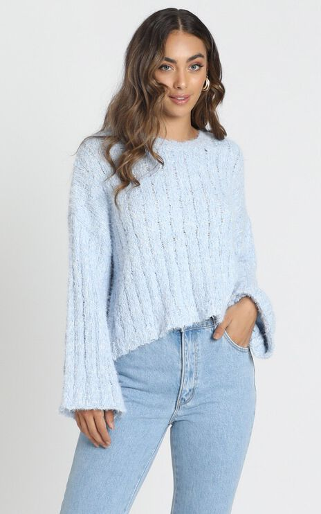 Bethen Fluffy Knit In Blue