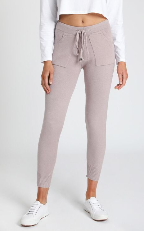 Lounge In Style Knit Pant in Mocha Marle