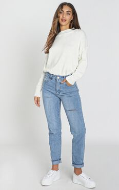 Gaia Jeans In Light Wash