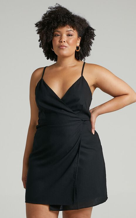 Whisper It Dress in Black Linen Look