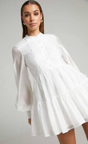 Kyra Pin Tuck Detail Tiered Shift Dress in Off White