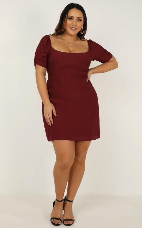Valley Life Dress In Wine