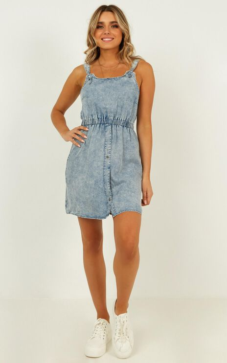 Let It Pass Denim Dress In Light Wash