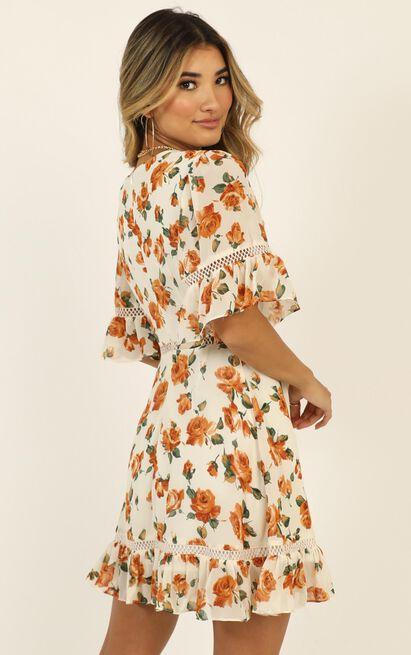 My Darkest Night Dress in cream floral - 20 (XXXXL), Cream, hi-res image number null