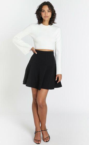 Synergy Skirt in Black