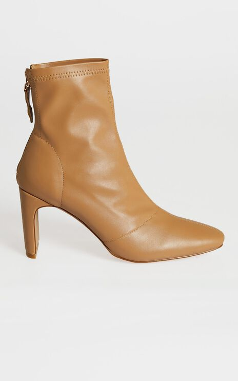 Billini - Griffin Boots in Fawn