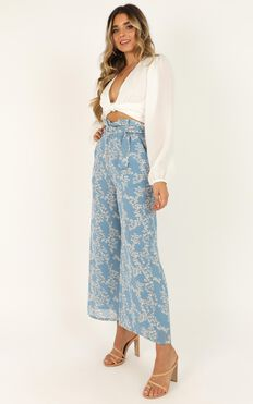 Hanging Flowers Pants In Blue Floral