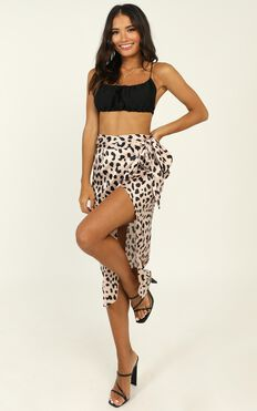 Madame Bovary Midi Skirt In Leopard Print Satin