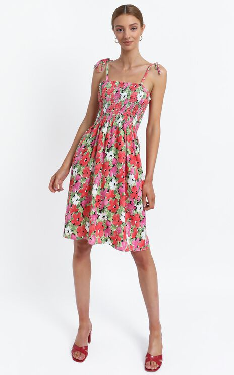 Odeelia Dress in Pink Floral