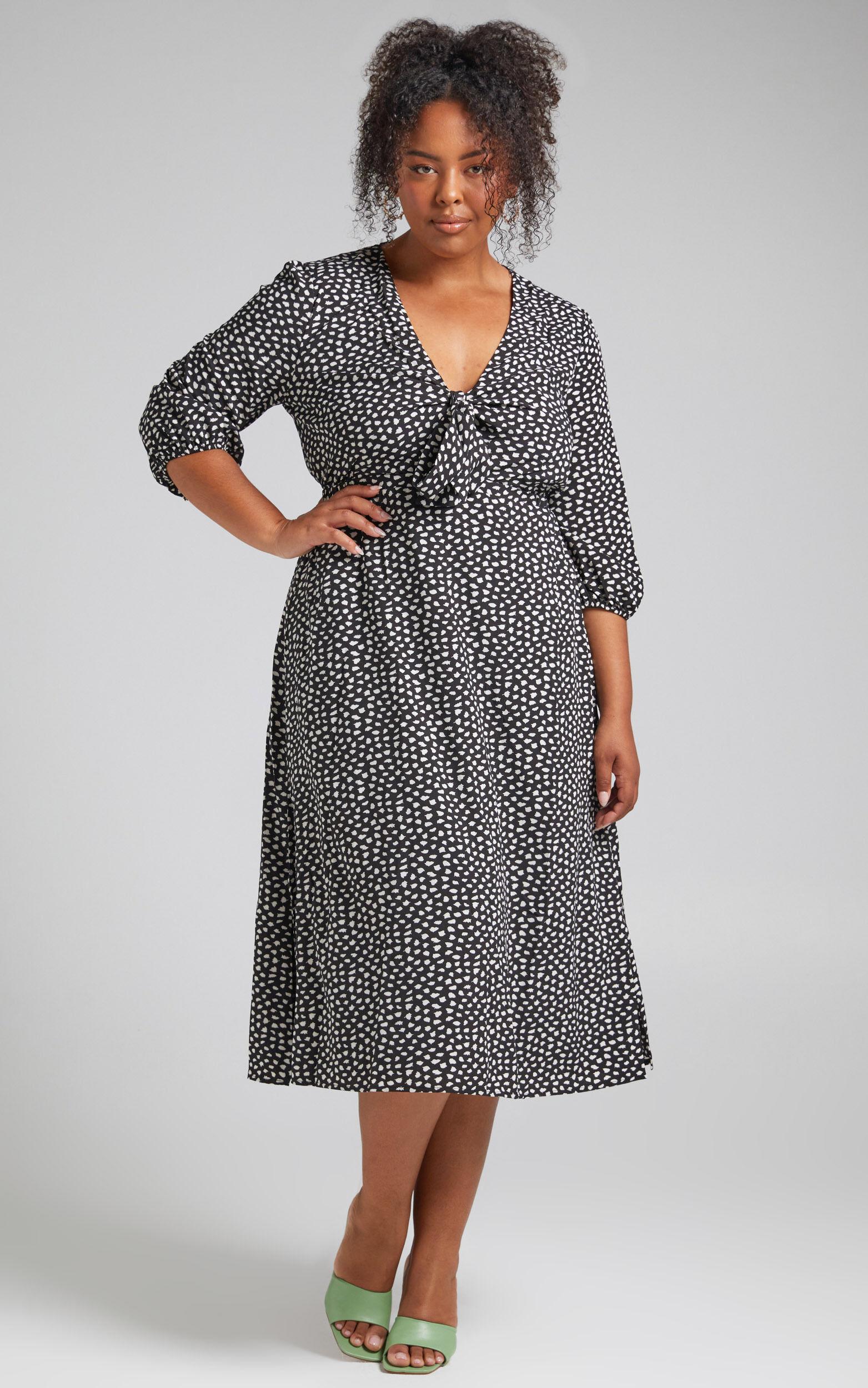 Kini Midi Centre Front Neckline Dress in Black Spot - 04, BLK1, super-hi-res image number null