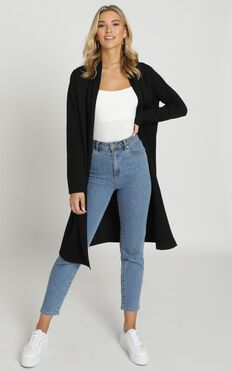 Strong Spirited Knit Coat In Black
