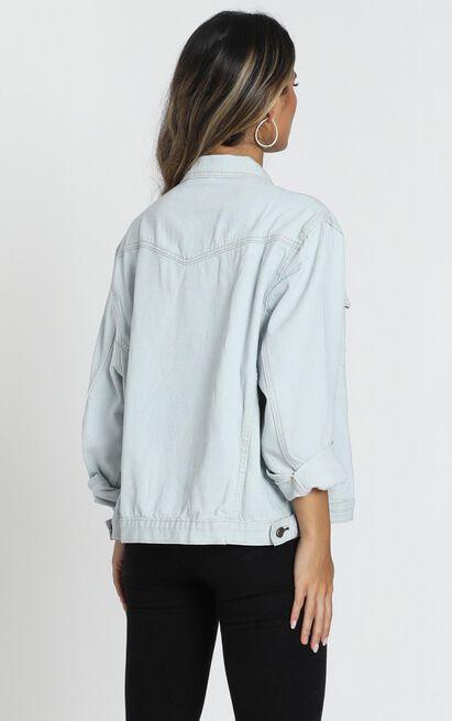 Gambit denim jacket in light wash - M/L, Blue, hi-res image number null