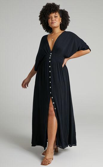 Sitting Pretty Dress in Black