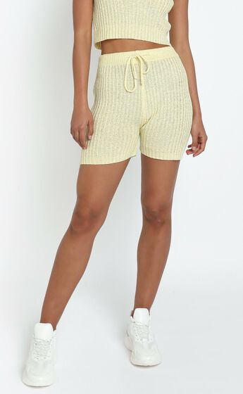 Kerry Knit Shorts in Yellow