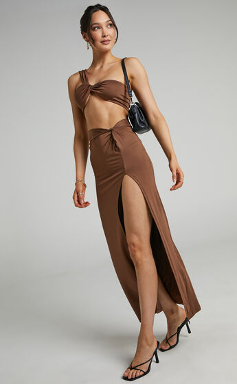 Sterling Twist Two Piece Set in Chocolate