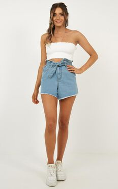 Falling Feeling Denim Shorts In Light Wash