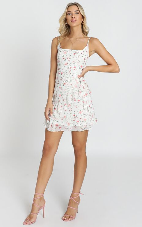 See In My Eyes Dress In White Floral