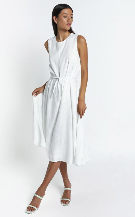 Yvie Dress in White Palm