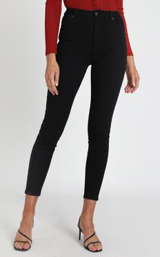 Rollas - Eastcoast Ankle High Rise Jean in Galaxy Black
