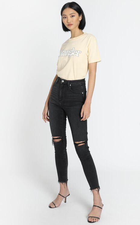 Wrangler - Hi Pins Cropped Jean in Backbite Black