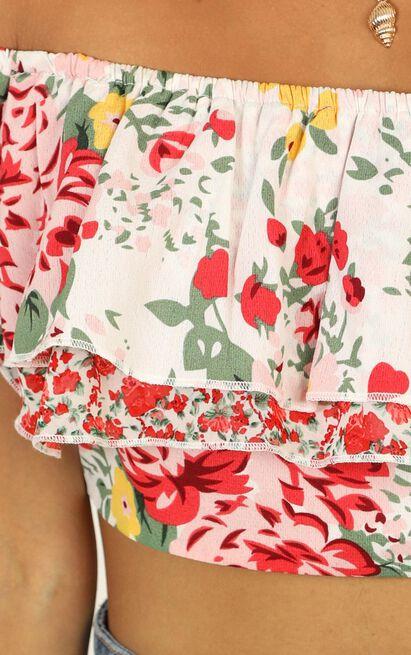 Sassy Senorita Top In white floral - 14 (XL), White, hi-res image number null