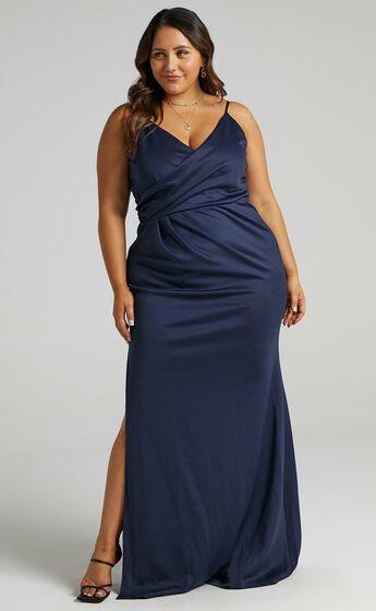 Linking Love Maxi Dress in Navy