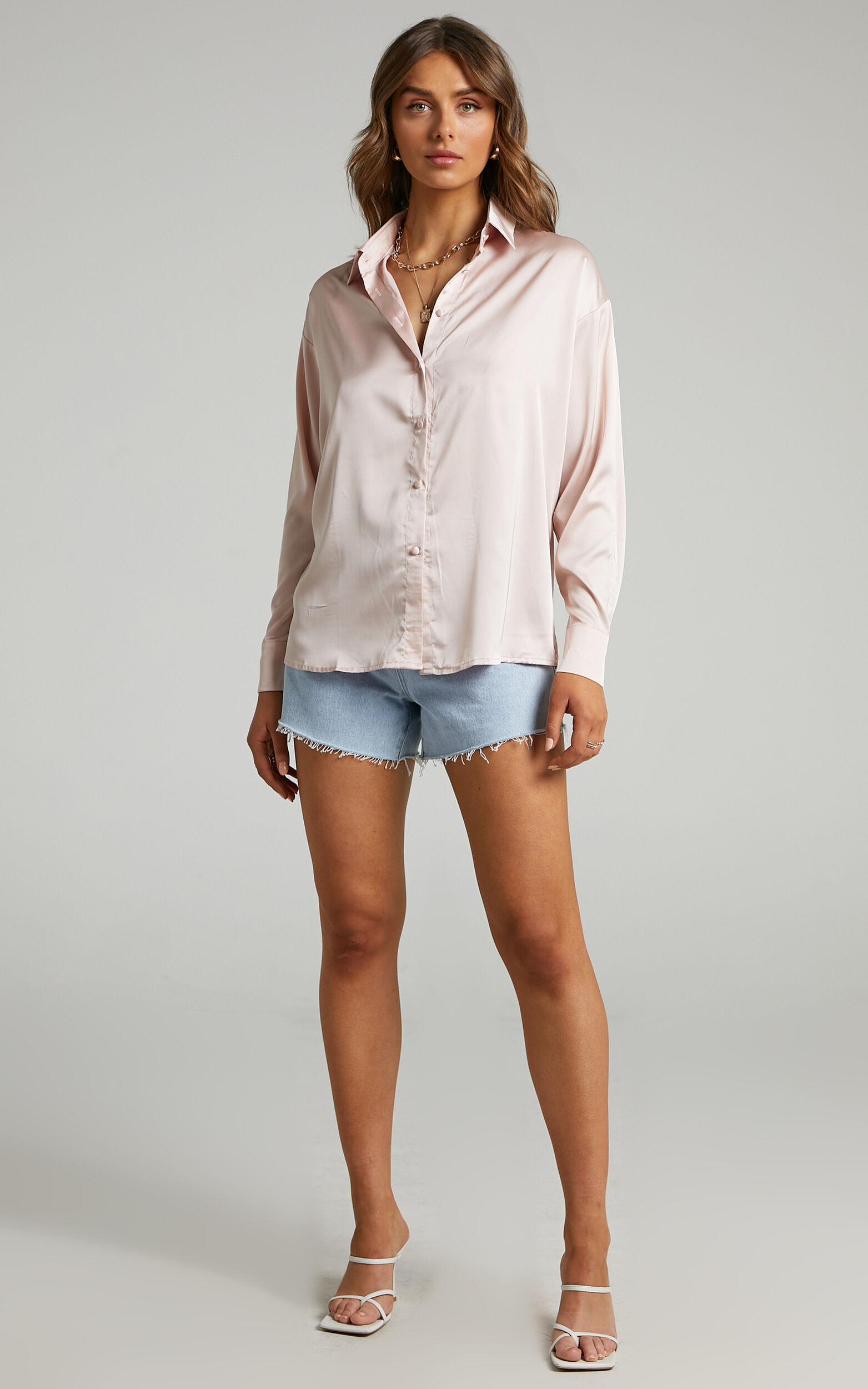 Blaze Oversized relaxed Shirt in Nude Pink - 06, NEU2, super-hi-res image number null