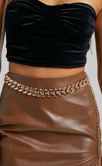 Lilyana Chain Belt in Gold