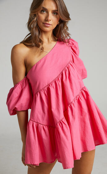 Harleen Asymmetrical Trim Mini Dress in Light Pink