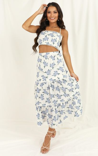 Crop And Go Two Piece Set In white floral - 20 (XXXXL), White, hi-res image number null