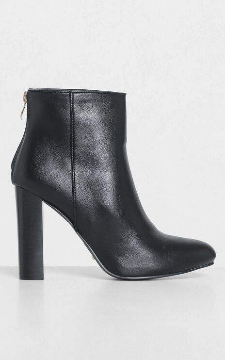 Billini - Pacey Boots in Black